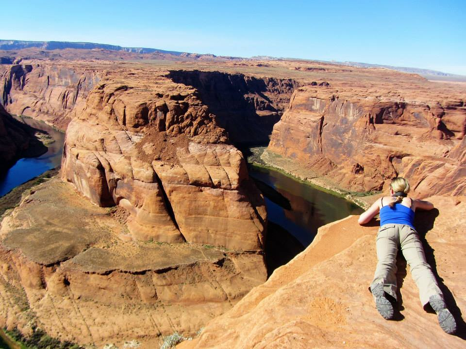 Amie looking down at Horseshoe Bend